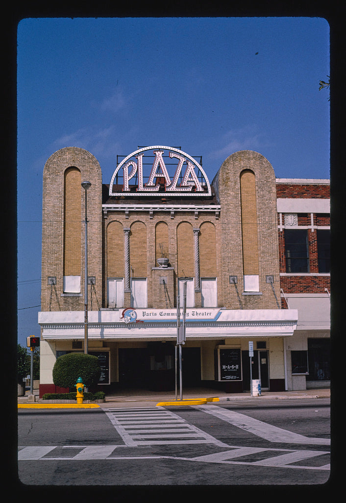 8 x 12 Photo of Plaza Theater, Paris, Texas 1983 Margolies, John 92a