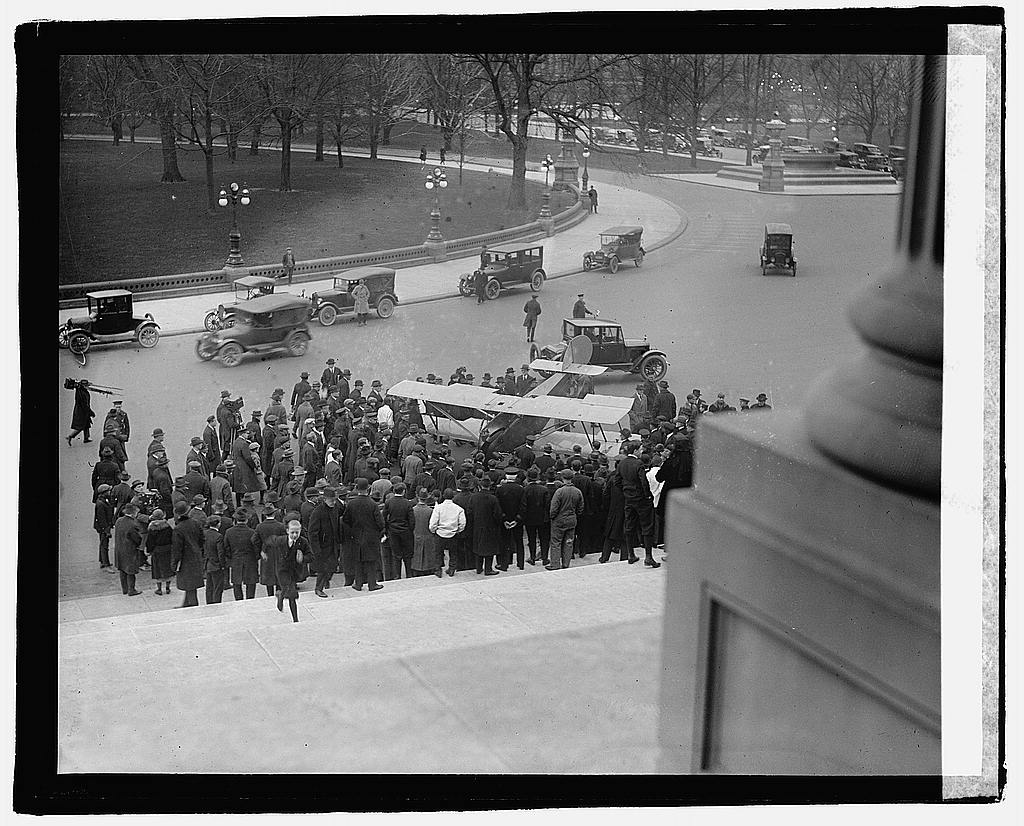 16 x 20 Reprinted Old Photo ofLawrence Sperry at Capitol 1922 National Photo Co  61a