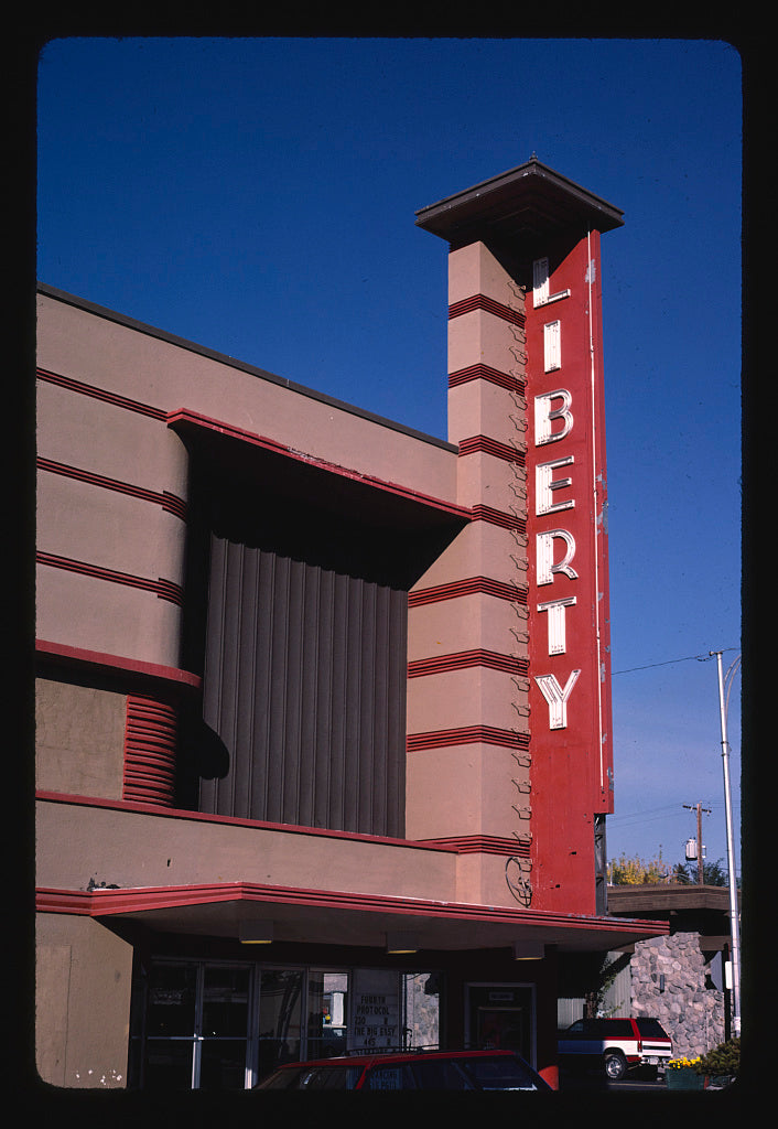 8 x 12 Photo of Liberty Theater, Ellensburg, Washington 2003 Margolies, John 71a