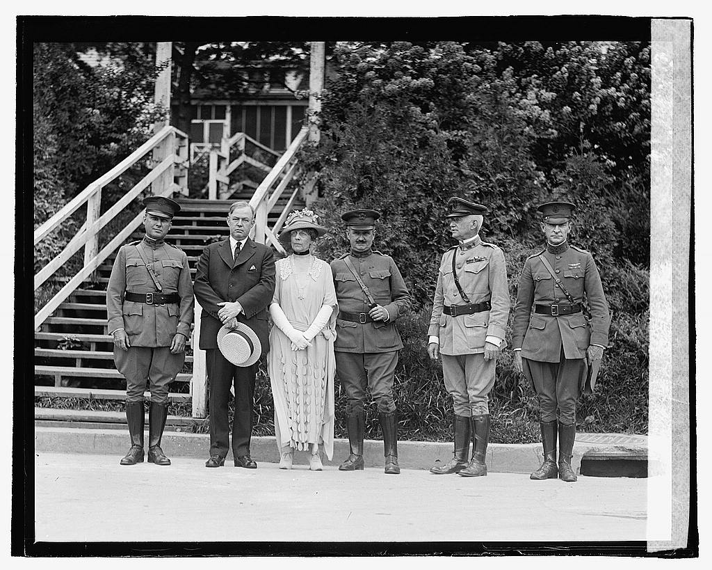16 x 20 Reprinted Old Photo ofU.S. Military men, Mrs. Harding, and unidentifed man, 7/26/22 1922 National Photo Co  77a