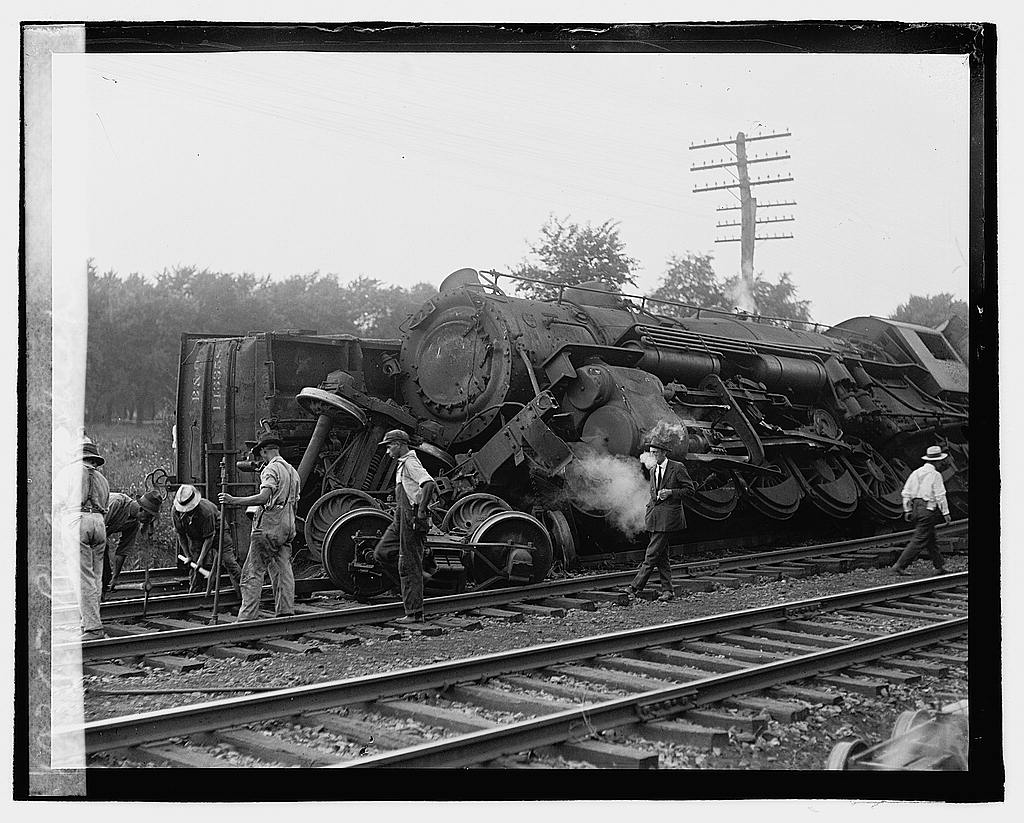 16 x 20 Reprinted Old Photo ofRailroad wreck 1922 National Photo Co  84a