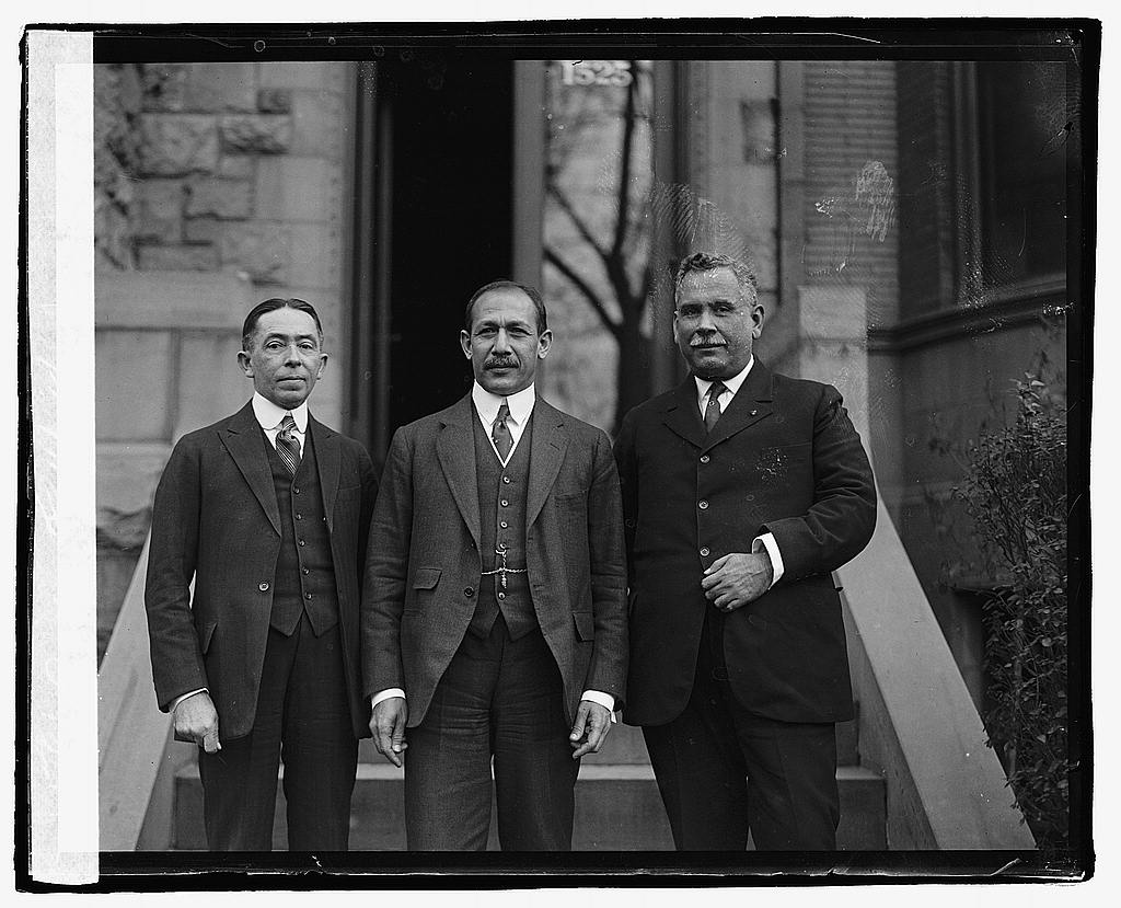 16 x 20 Reprinted Old Photo of Three unidentified men, 11/28/22 1922 National Photo Co  74a