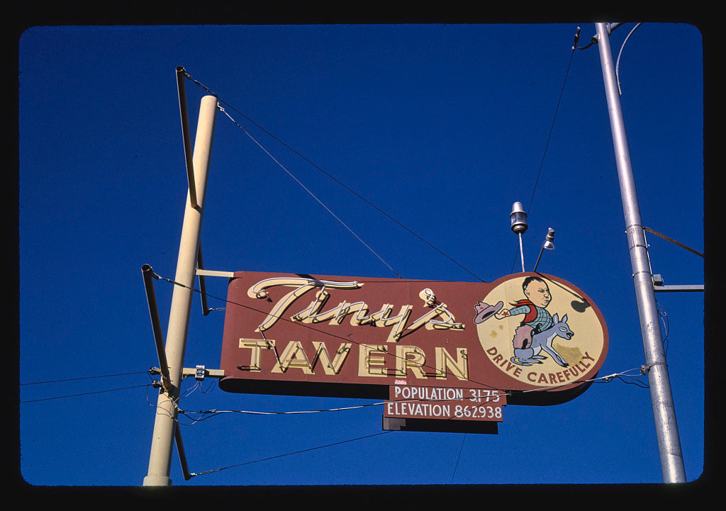 8 x 12 Photo of Tiny's Tavern sign, Wapato, Washington 1987 Margolies, John 14a