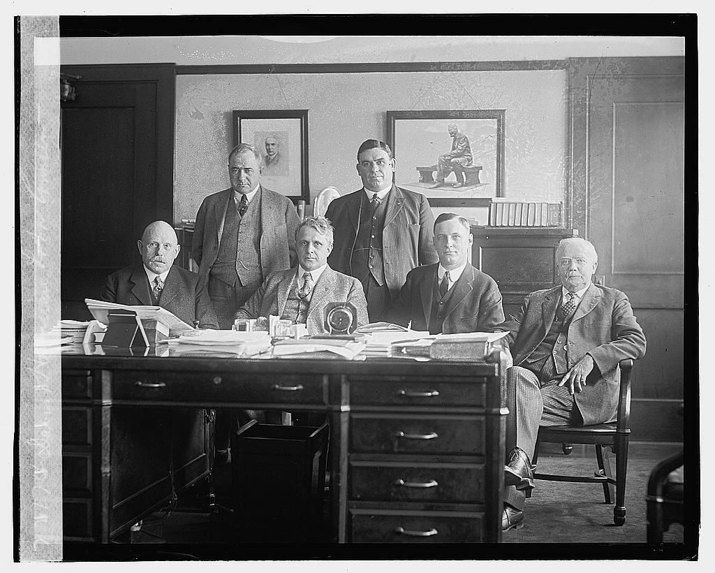 16 x 20 Gallery Wrapped Frame Art Canvas Print of Davis & Hawaiian Labor Commission, 1/23/23 1923 National Photo Co  86a