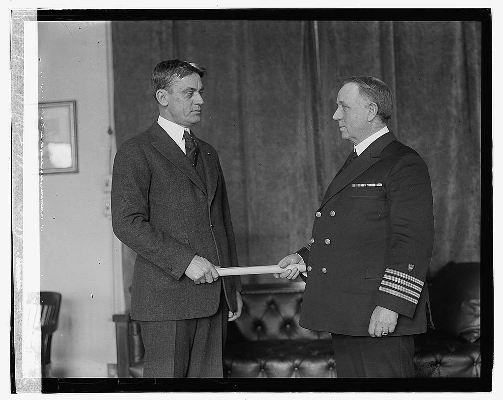 16 x 20 Gallery Wrapped Frame Art Canvas Print of Capt. Wm. E. Reynolds & Clifford, 1/25/23 1923 National Photo Co  10a