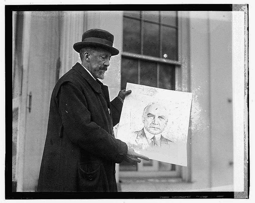 16 x 20 Gallery Wrapped Frame Art Canvas Print of M.V. Roundaltzoff, 2/9/23 1923 National Photo Co  22a