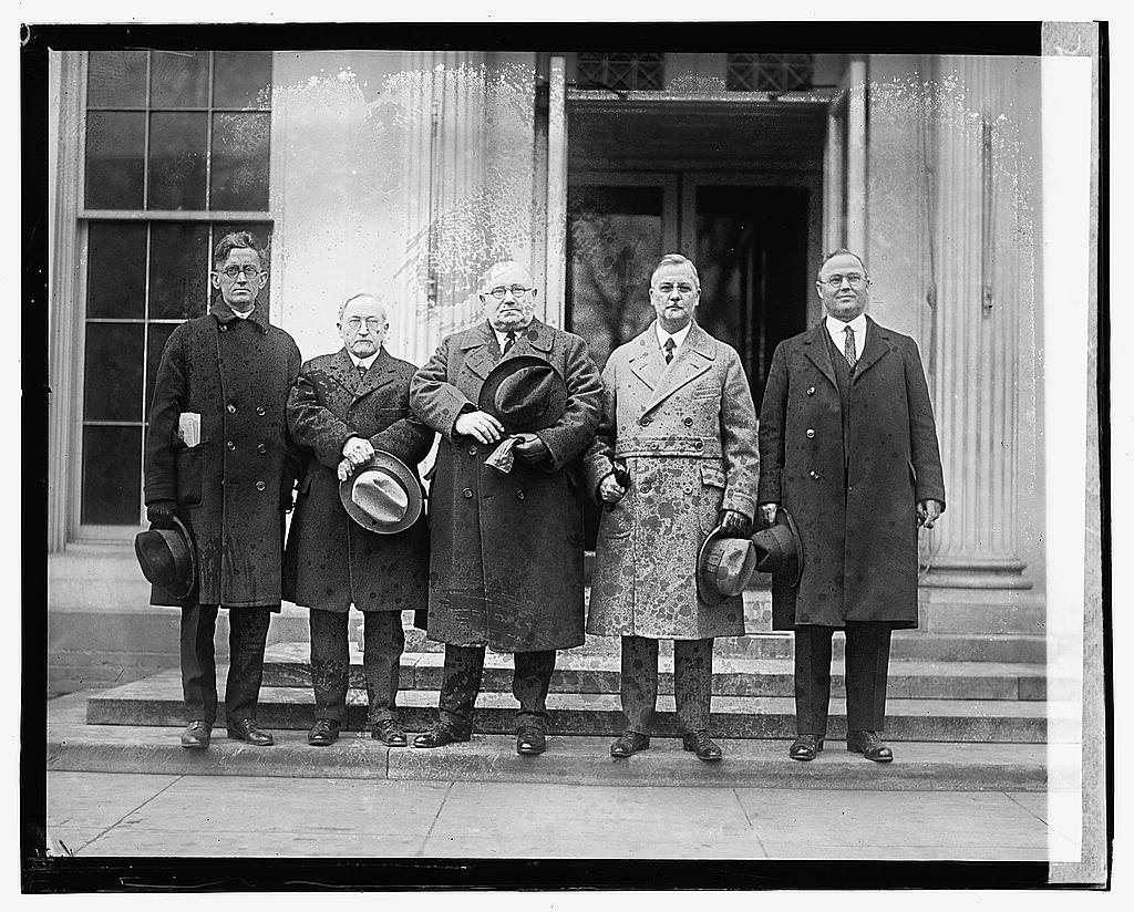 16 x 20 Gallery Wrapped Frame Art Canvas Print of Five unidentified men, 3/1/23 1923 National Photo Co  14a