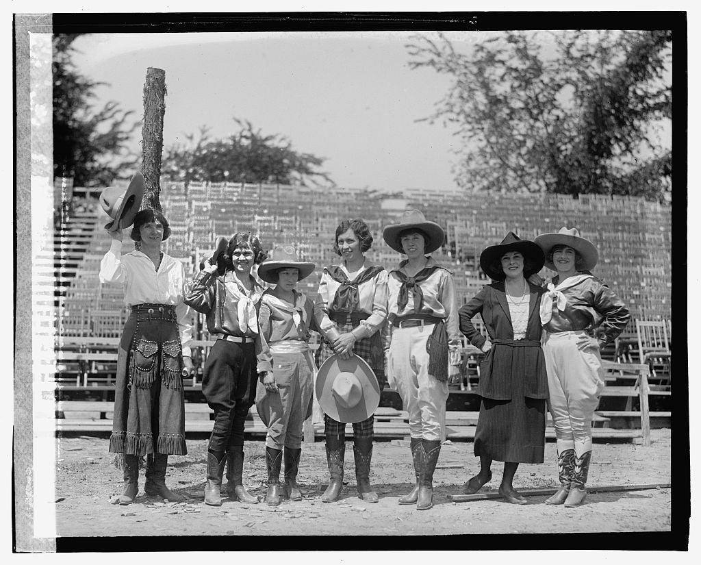 16 x 20 Gallery Wrapped Frame Art Canvas Print of Wild west performers, 5/29/23 1923 National Photo Co  61a