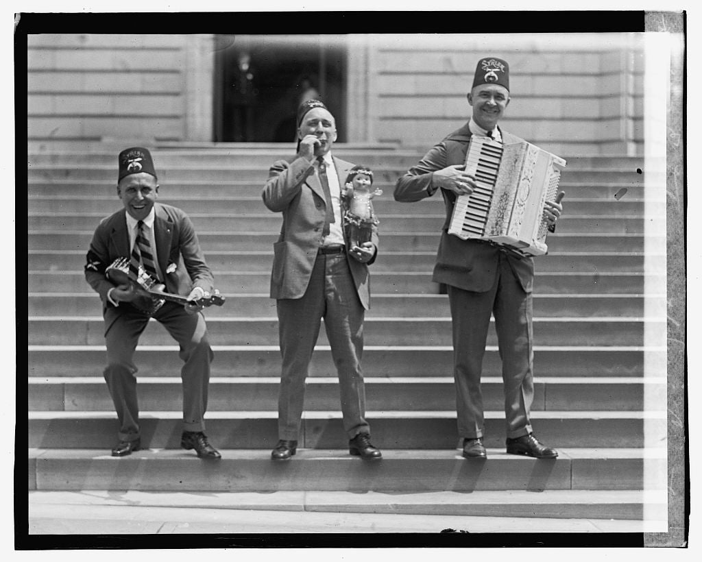 16 x 20 Gallery Wrapped Frame Art Canvas Print of Entertainers with Syria Cincinnati 1923 National Photo Co  62a