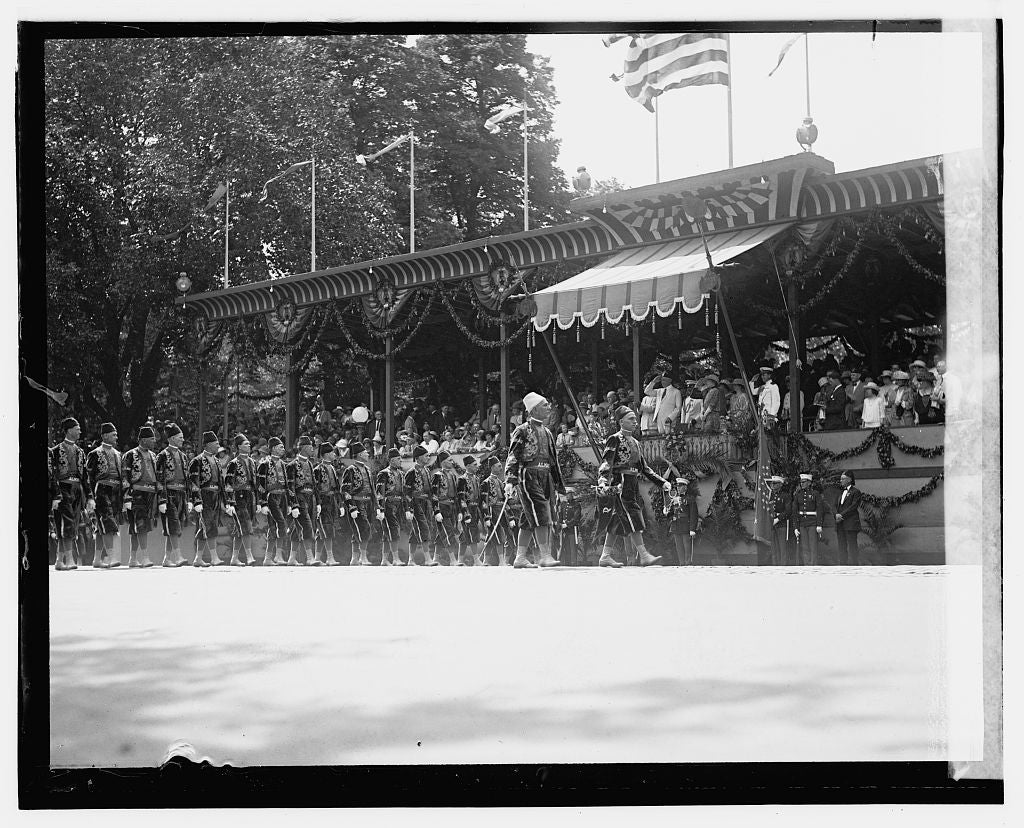 16 x 20 Gallery Wrapped Frame Art Canvas Print of Shriners Parade Almas Temple, Wash D.C. 1923 National Photo Co  92a