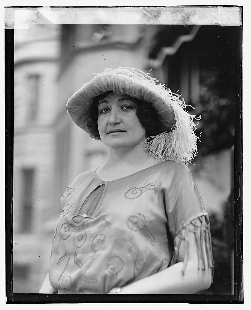 16 x 20 Gallery Wrapped Frame Art Canvas Print of Senora Chas. ... 1923 National Photo Co  28a