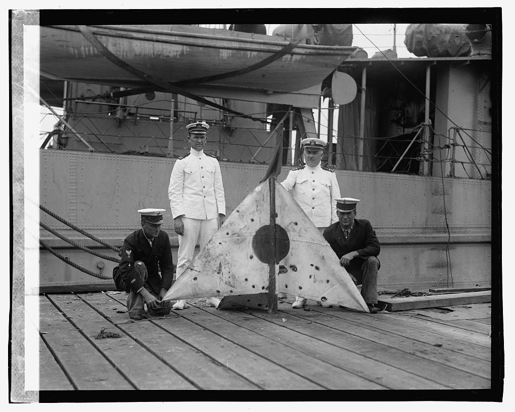16 x 20 Gallery Wrapped Frame Art Canvas Print of Naval Reserve target, 7/30/23 1923 National Photo Co  92a