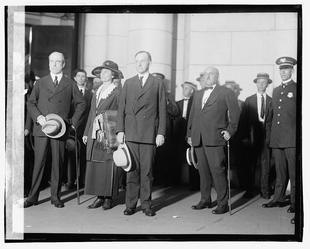16 x 20 Gallery Wrapped Frame Art Canvas Print of Coolidge arrival, 8/3/23 1923 National Photo Co  98a