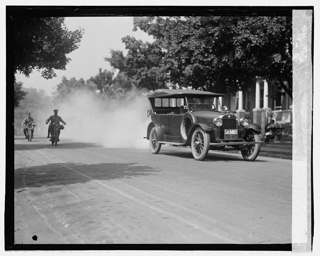 16 x 20 Gallery Wrapped Frame Art Canvas Print of Police on motorcycle trailing car with smoke, 9/1/23 1923 National Photo Co  10a