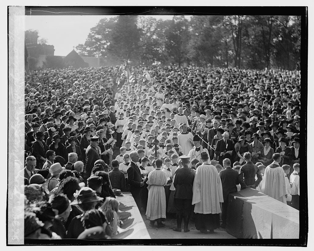 16 x 20 Gallery Wrapped Frame Art Canvas Print of Mass meeting cathedral, 9/30/23 1923 National Photo Co  10a