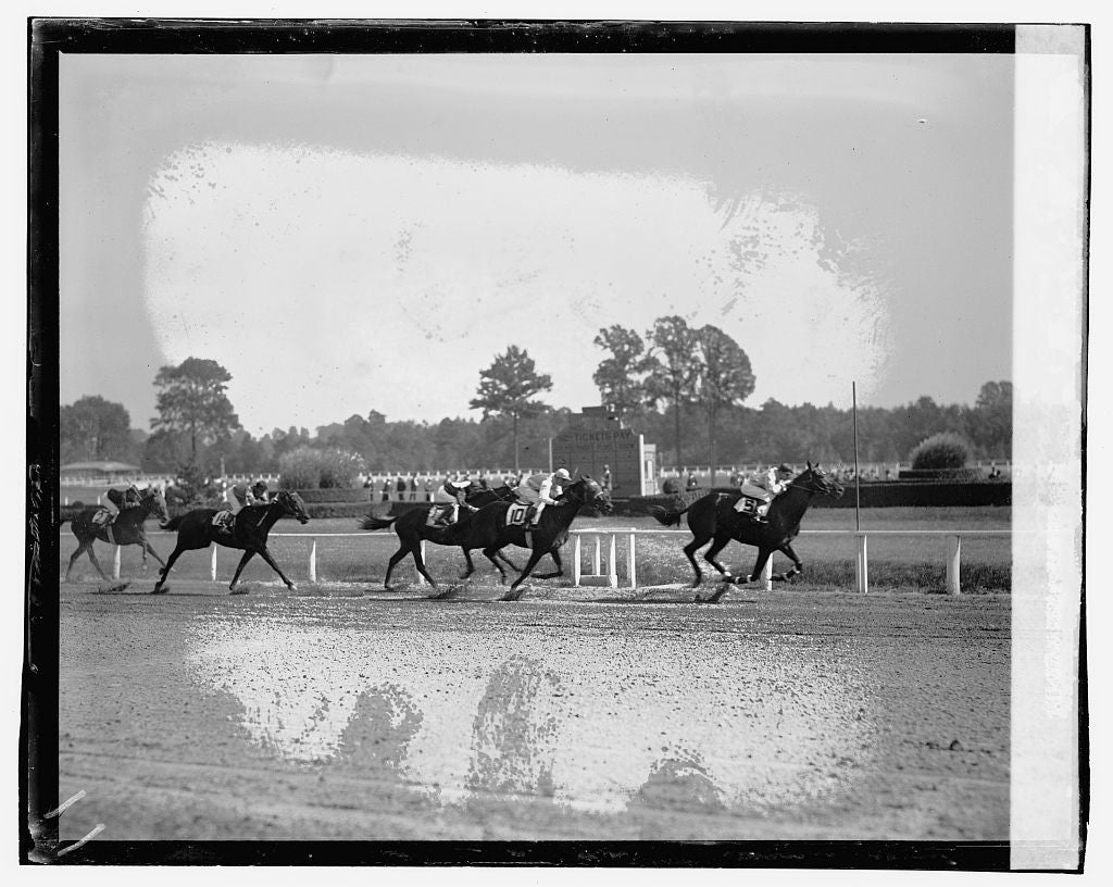 16 x 20 Gallery Wrapped Frame Art Canvas Print of Races, Laurel 1923 National Photo Co  46a