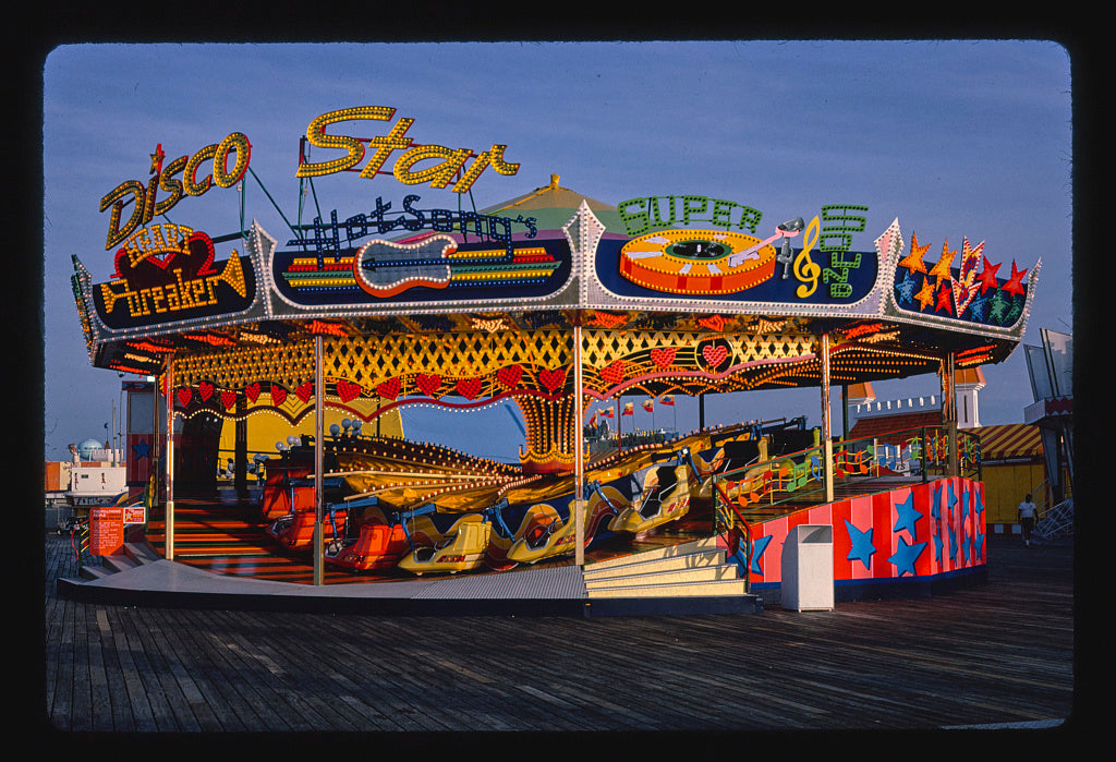 8 x 12 Photo of Disco star ride, Seaside Heights, New Jersey 1978 Margolies, John 39a