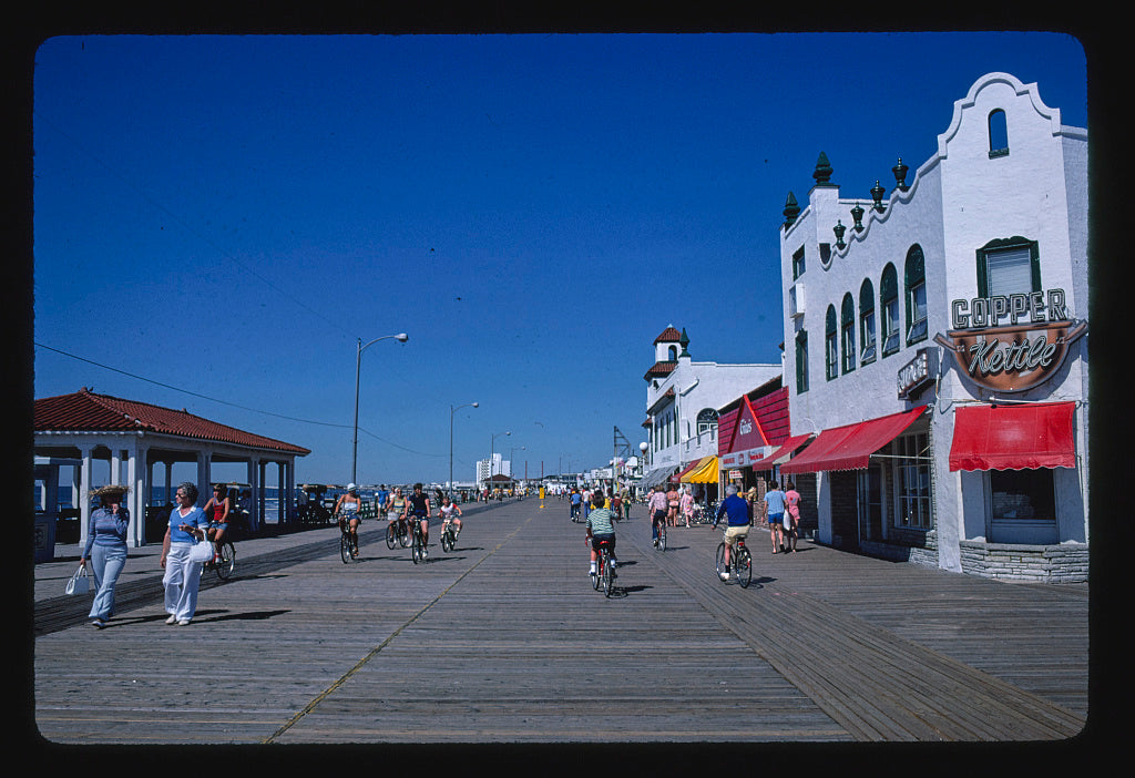 8 x 12 Photo of Boardwalk, Ocean City, New Jersey 1978 Margolies, John 24a