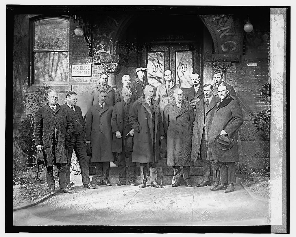 16 x 20 Gallery Wrapped Frame Art Canvas Print of Farmers group, 1/7/24 1924 National Photo Co  06a