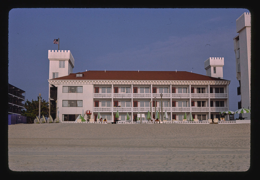 8 x 12 Photo of  Castle in the sand, Ocean City, Maryland  1985 Margolies, John 67a