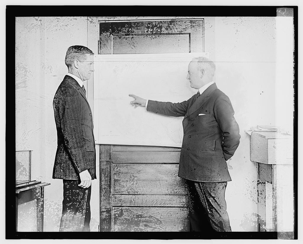 16 x 20 Gallery Wrapped Frame Art Canvas Print of Capt. Frank B. McCary & Moffett, 1/4/24 1924 National Photo Co  38a