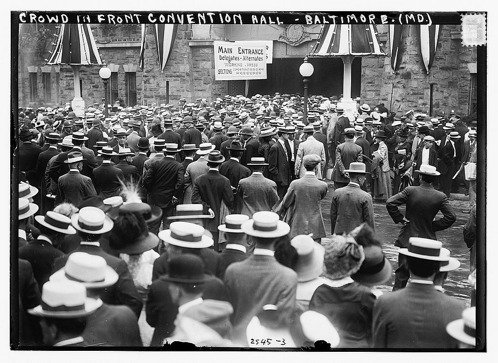 8 x 10 Photo of Crowd in front of Convention Hall, Baltimore, Md. 1912 G. Bain Collection 00a
