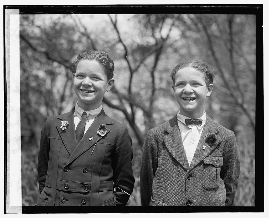 16 x 20 Gallery Wrapped Frame Art Canvas Print of  John & Chas. Knier?, 4/19/24 1924 National Photo Co  42a