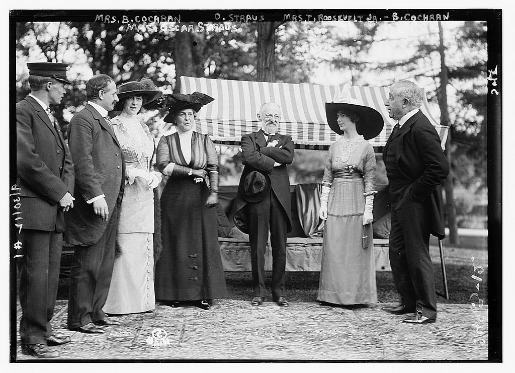 8 x 10 Photo of Mrs. B. Cochran i.e., Cockran, Mrs. Oscar Straus, Oscar Straus, Mrs. T. Roosevelt Jr., B. Cochran i.e., Cockran 1912 G. Bain Collection 94a