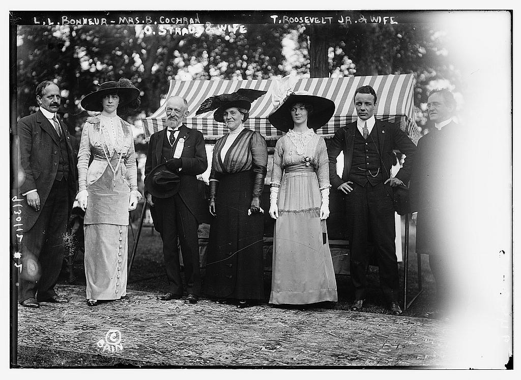 8 x 10 Photo of L.L. Bonheur, Mrs. B. Cochran i.e., Cockran, O. Straus & wife, T. Roosevelt, Jr., & wife 1912 G. Bain Collection 95a