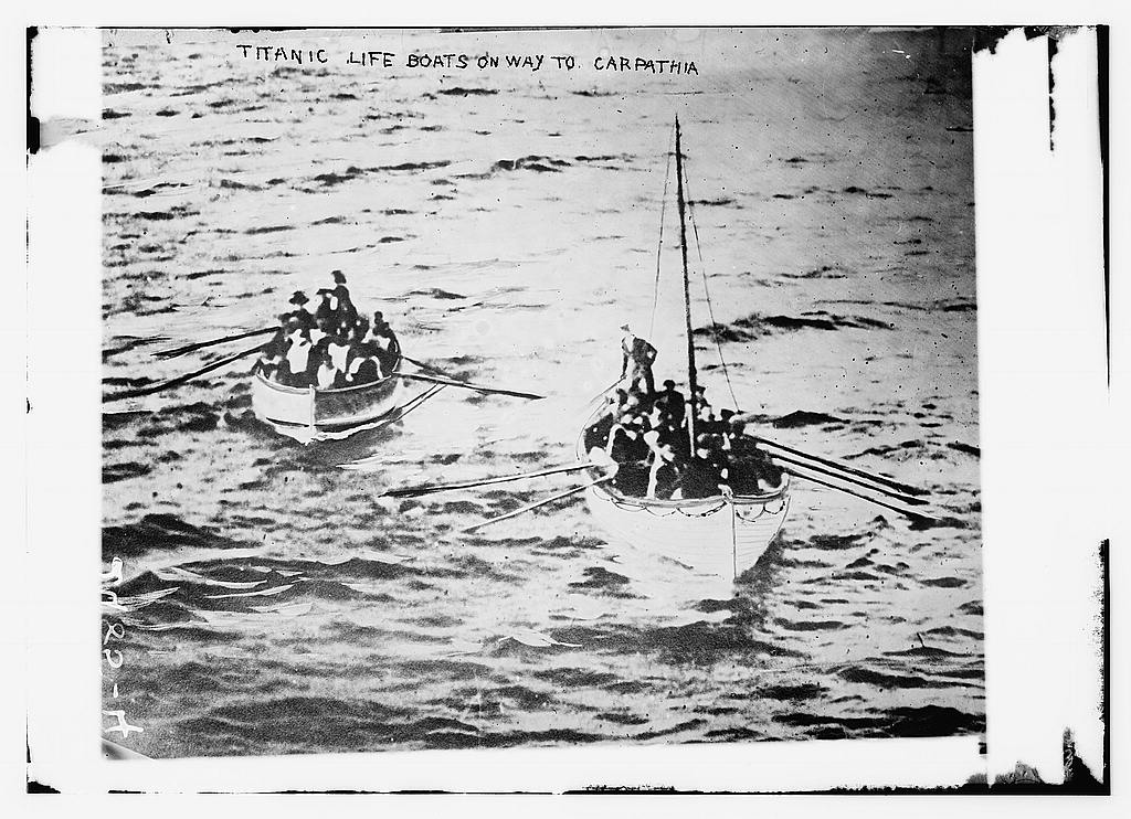 8 x 10 Photo of TITANIC life boats on way to CARPATHIA 1912 G. Bain Collection 01a