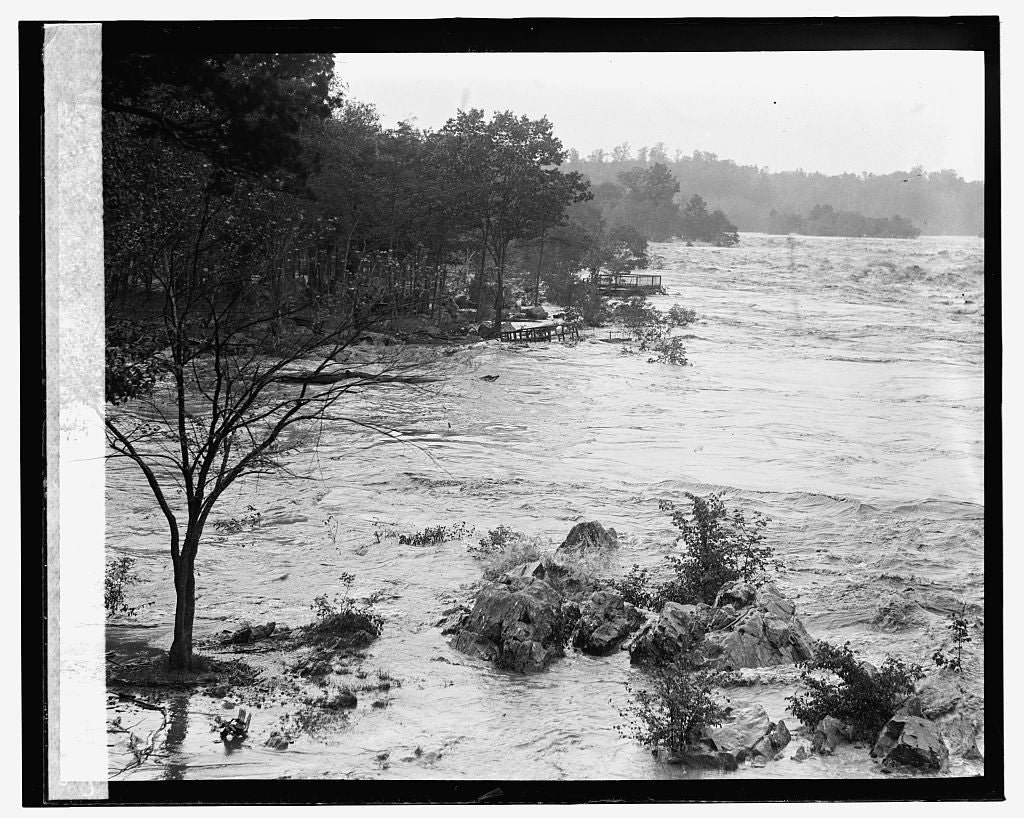16 x 20 Gallery Wrapped Frame Art Canvas Print of Flood 1924 National Photo Co  44a