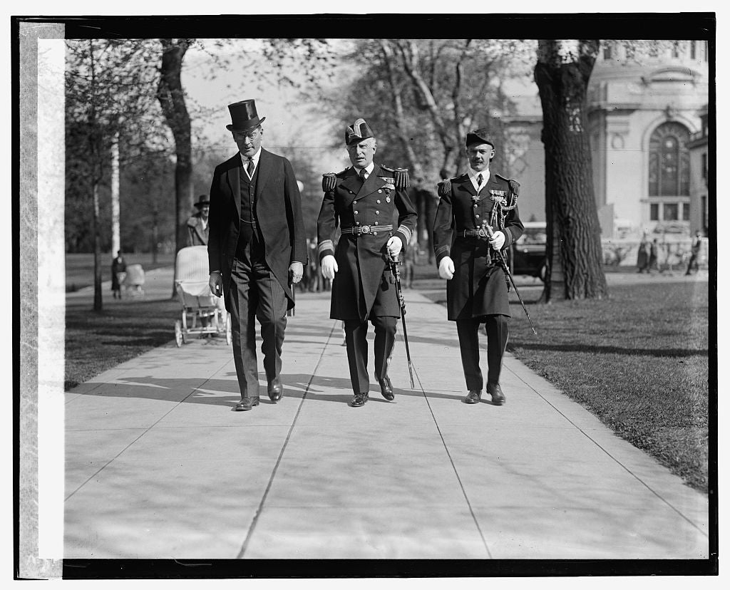 16 x 20 Gallery Wrapped Frame Art Canvas Print of Wilbur, Wilson, & Edwards, 5/2/24 1924 National Photo Co  14a