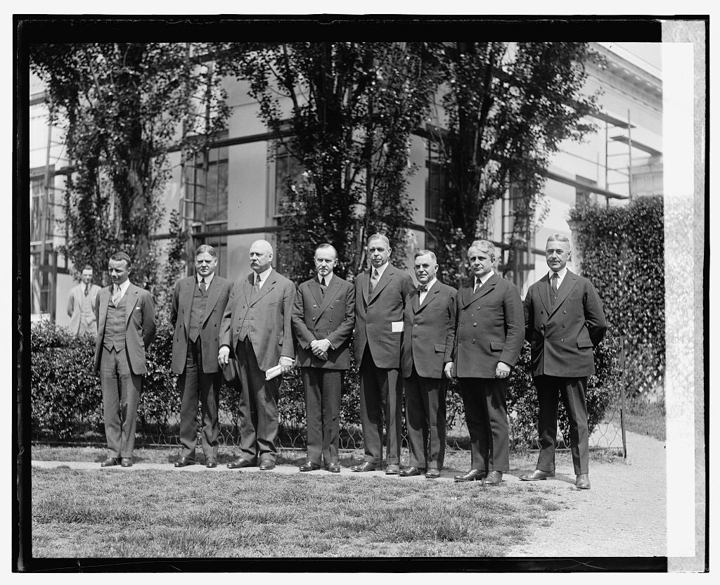 16 x 20 Gallery Wrapped Frame Art Canvas Print of Coolidge and group, 5/6/24 1924 National Photo Co  47a