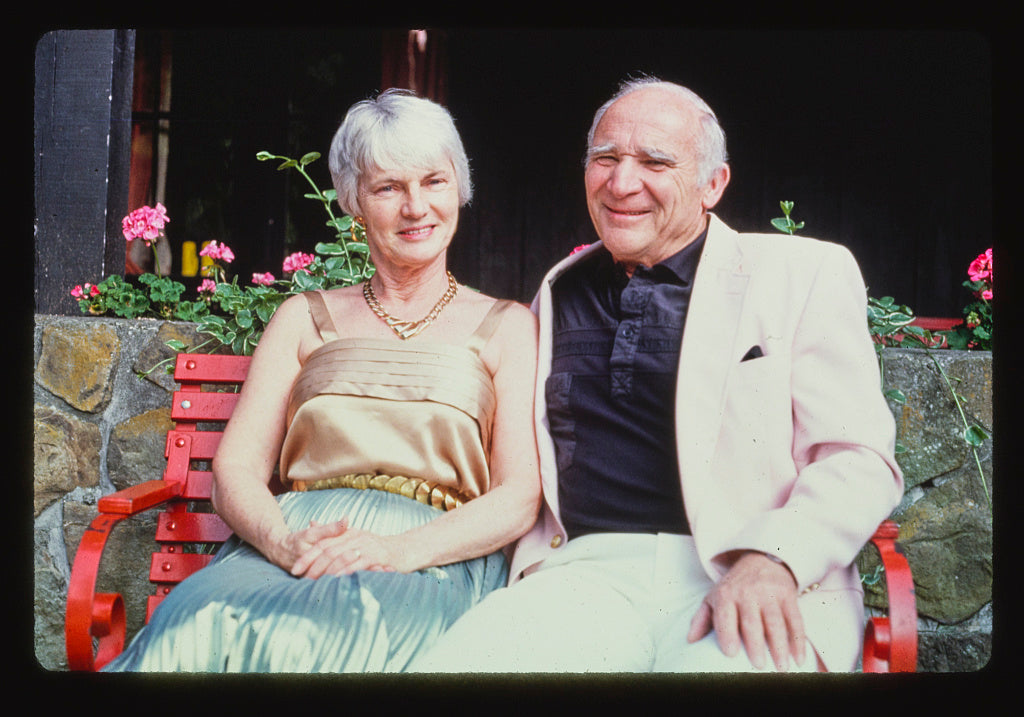 8 x 12 Photo of Doris and Ray Scott, Deposit, New York 1992 Margolies, John 30a