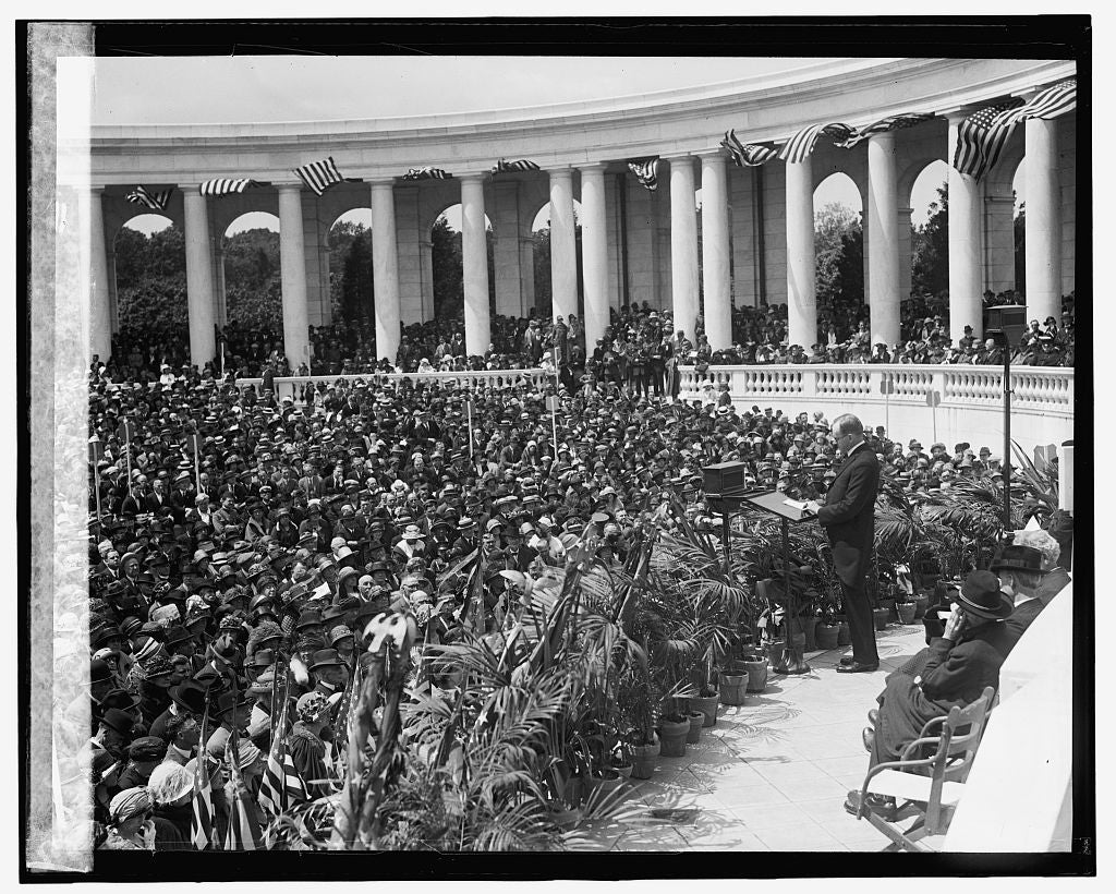 16 x 20 Reprinted Old Photo ofCoolidge, Memorial Day, Arlington, 5/30/24 1924 National Photo Co  40a