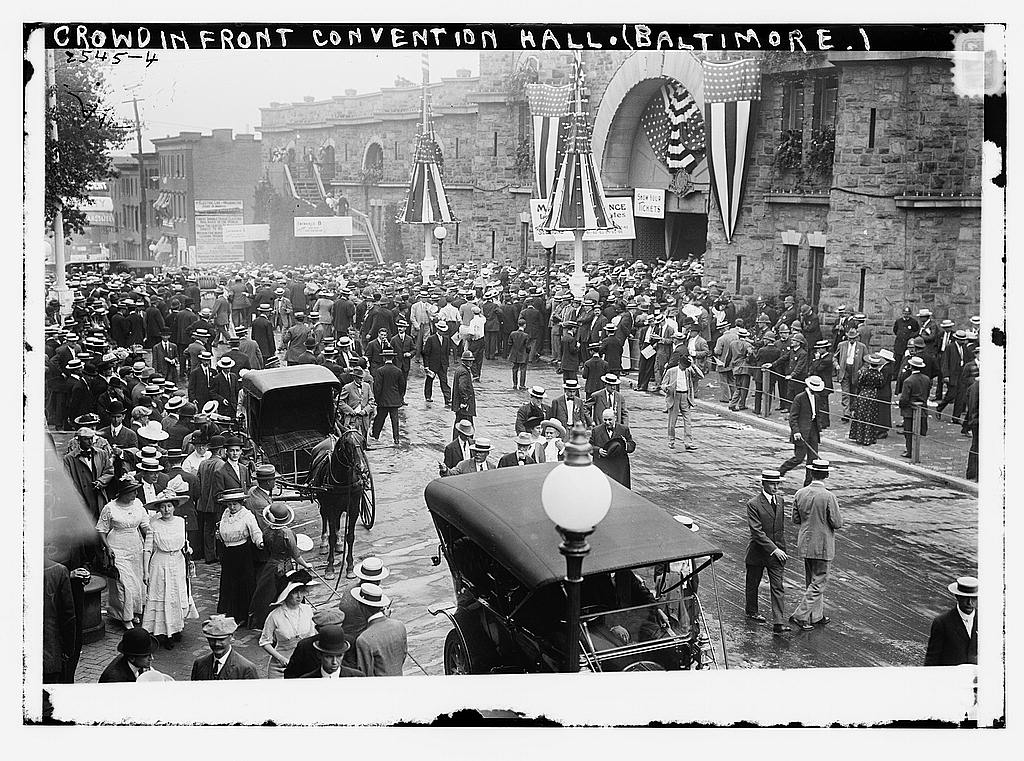 8 x 10 Photo of Crowd in front of Convention Hall, Baltimore, Md. 1912 G. Bain Collection 70a