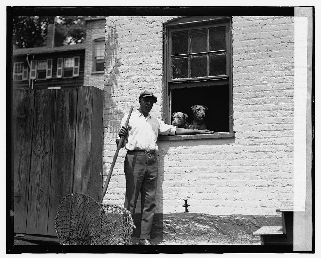 16 x 20 Gallery Wrapped Frame Art Canvas Print of Dog catcher 1924 National Photo Co  49a