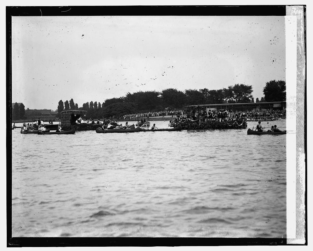 16 x 20 Gallery Wrapped Frame Art Canvas Print of Canoe Regatta and Water Carnival, Tidal Basin, 8/4/24 1924 National Photo Co  56a