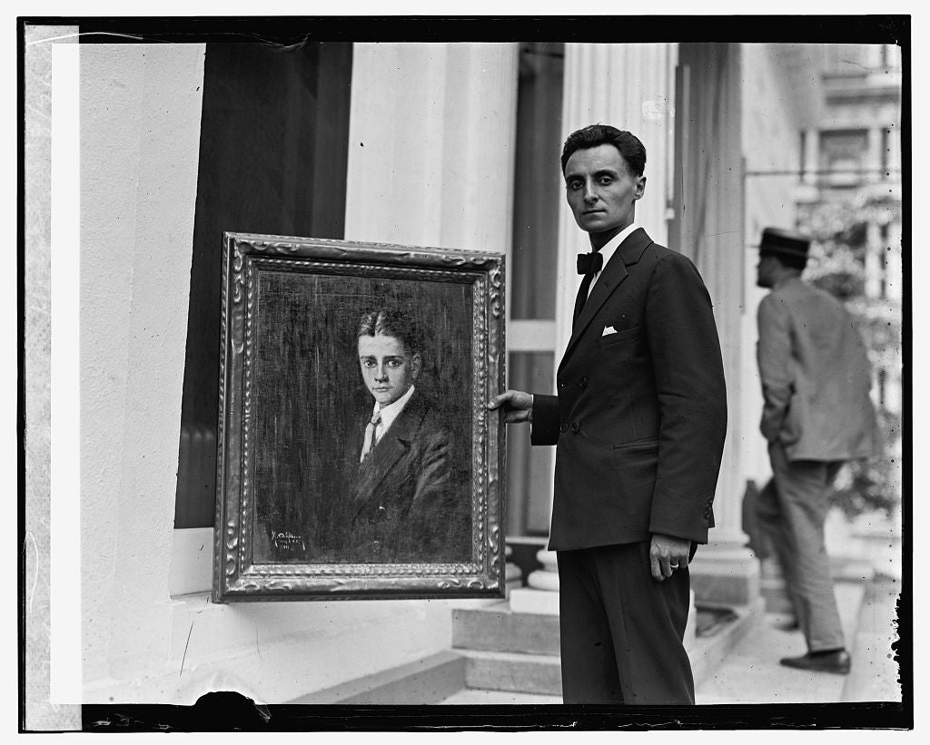 16 x 20 Gallery Wrapped Frame Art Canvas Print of Michael Califano at White House, 8/7/24 1924 National Photo Co  06a