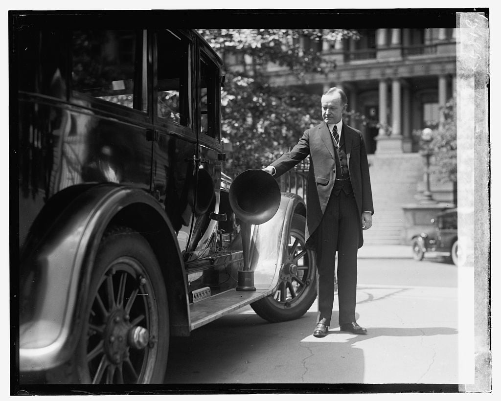 16 x 20 Gallery Wrapped Frame Art Canvas Print of Coolidge & radio equipped auto 1924 National Photo Co  47a