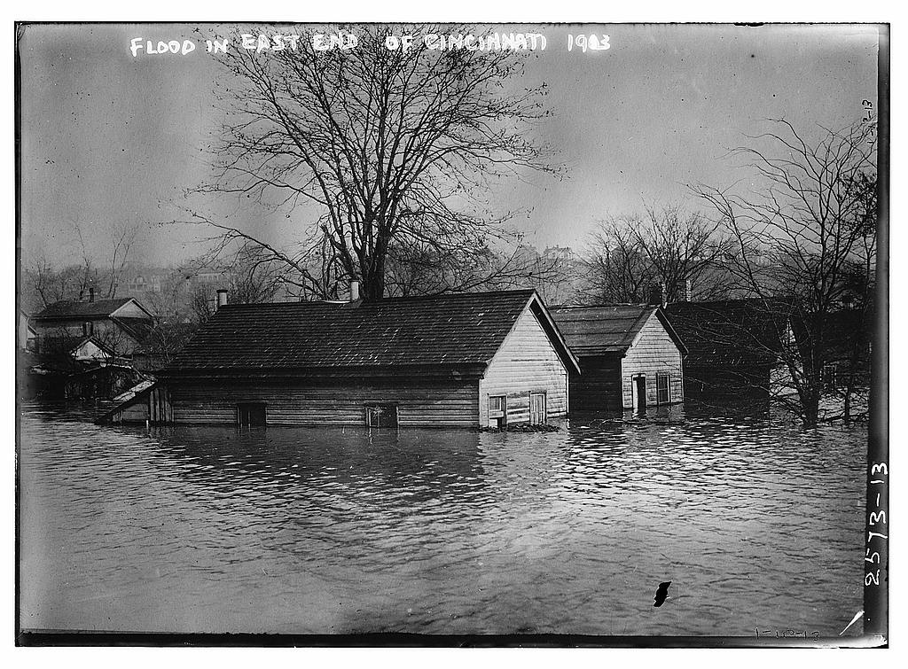 8 x 10 Photo of Flood in East end of Cincinnati 1913 1913 G. Bain Collection 95a
