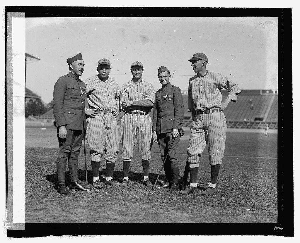 16 x 20 Reprinted Old Photo ofH.E. Gilbert, Jack Bentley, Virgil Barnes, H.B. Randall, Hank Gowdy, 10/3/24 1924 National Photo Co  09a