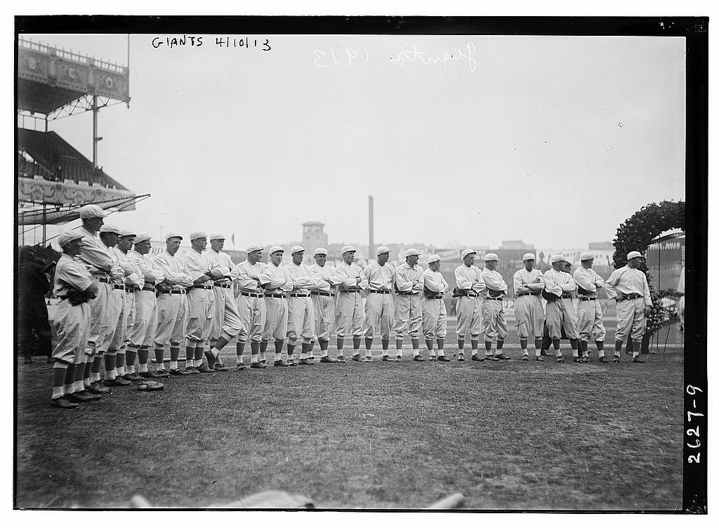 8 x 10 Photo of New York NL Giants team at Polo Grounds baseball  1913 G. Bain Collection 77a