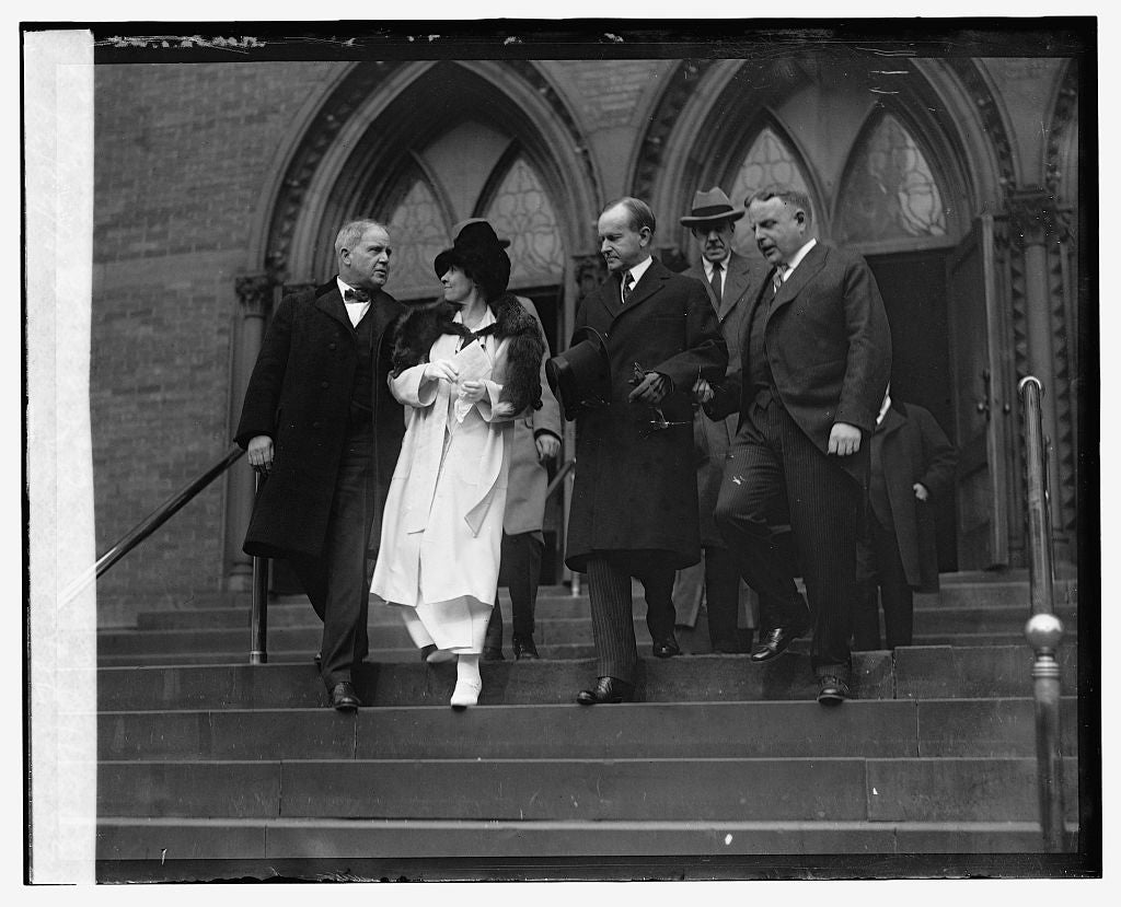 16 x 20 Reprinted Old Photo of Pres. & Mrs. Coolidge leaving church, Thanksgiving, 11/27/24 1924 National Photo Co  39a