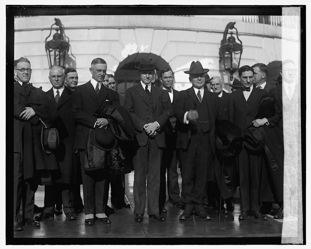 16 x 20 Reprinted Old Photo ofCoolidge with Natl. Cooperative Marketing Conference at W.H. 1925 National Photo Co  00a