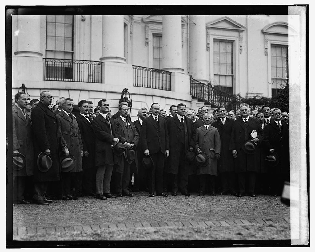16 x 20 Reprinted Old Photo ofCoolidge with Convention of Traffic Men at W.H., 12/16/24 1924 National Photo Co  01a