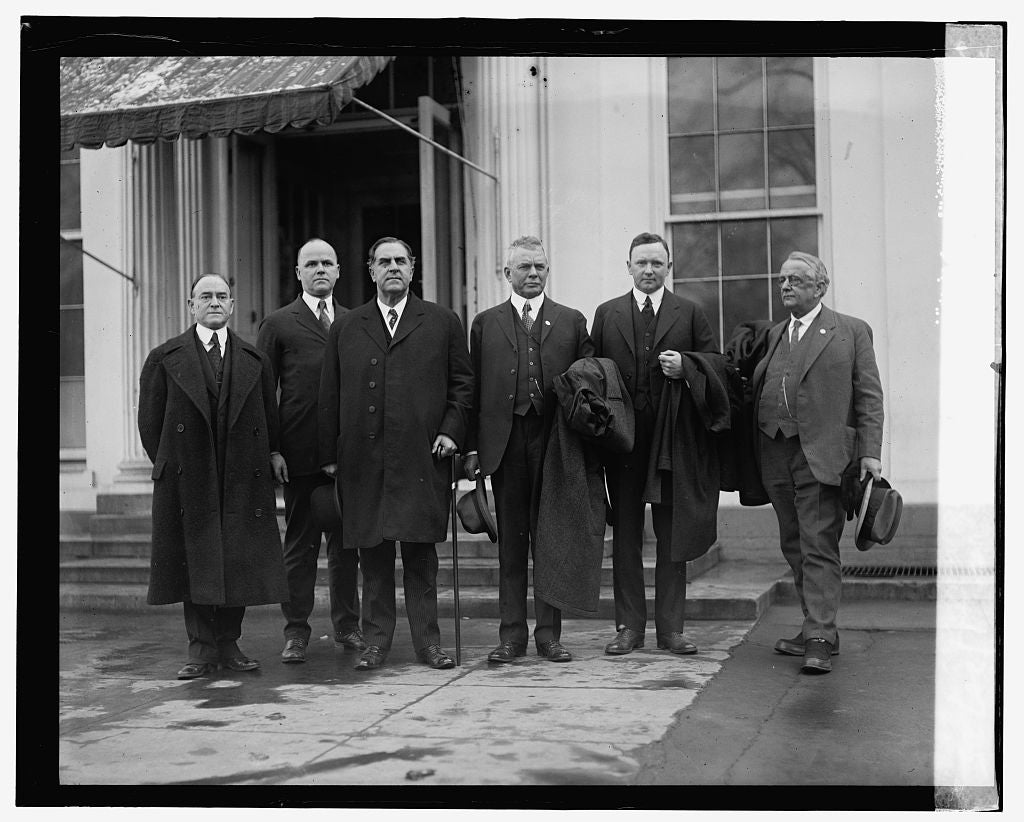 16 x 20 Reprinted Old Photo ofNational Park Delegation from VA, 1/20/25 1925 National Photo Co  41a