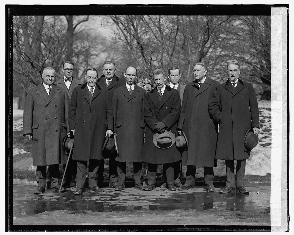 16 x 20 Reprinted Old Photo ofDelegation from Maine on potato embargo at W.H., 1/31/25 1925 National Photo Co  43a