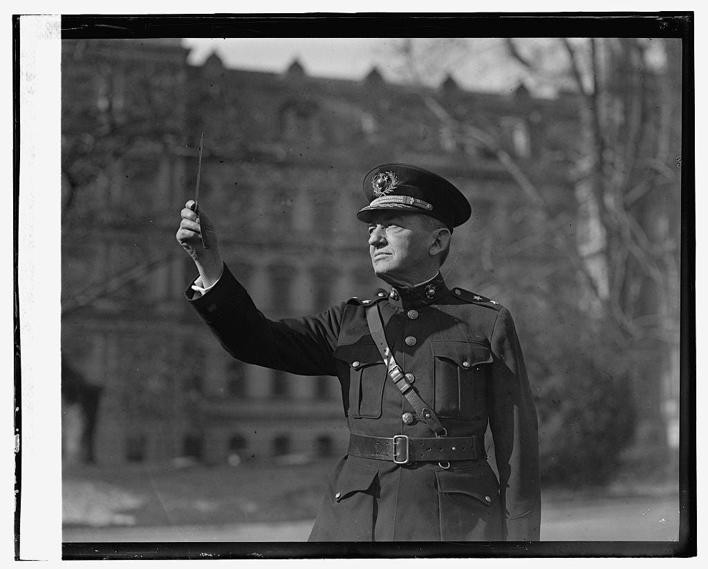 16 x 20 Reprinted Old Photo ofGen. Lejeune viewing eclipse of sun, 1/24/25 1925 National Photo Co  70a