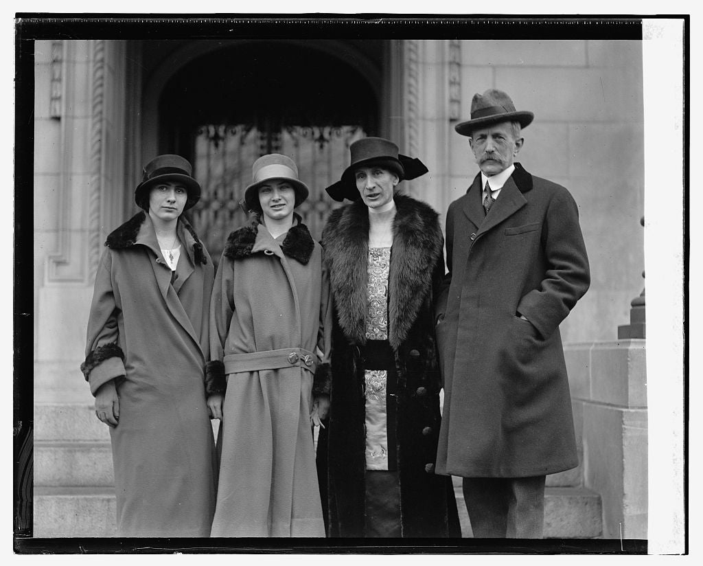 16 x 20 Reprinted Old Photo ofAmbassador Daeschner with wife and daughters, 1/26/25 1925 National Photo Co  21a